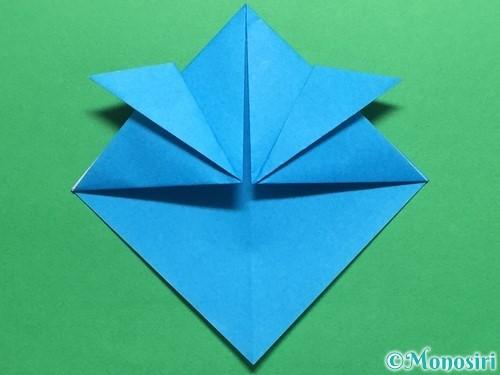 折り紙で簡単なカブトの折り方手順10