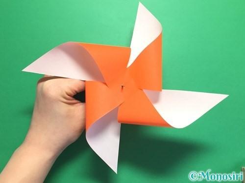 折り紙でクルクル回る風車の作り方手順13