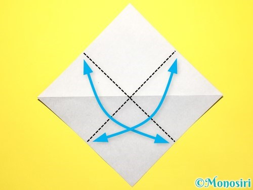 折り紙で立体的な百合の花の折り方手順4