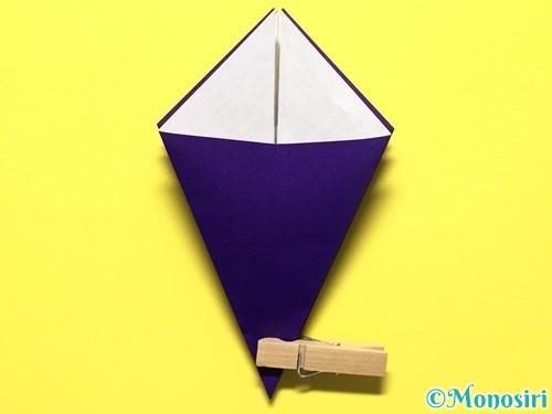 折り紙で立体的な百合の花の折り方手順18