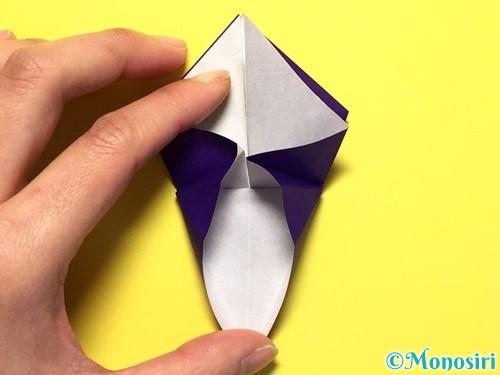 折り紙で立体的な百合の花の折り方手順24