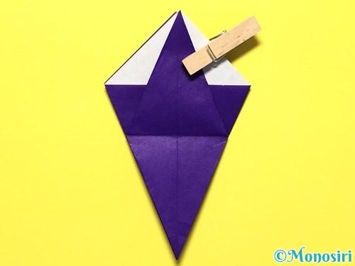 折り紙で立体的な百合の花の折り方手順28