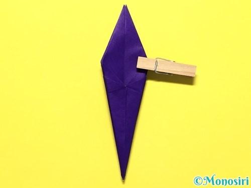 折り紙で立体的な百合の花の折り方手順32