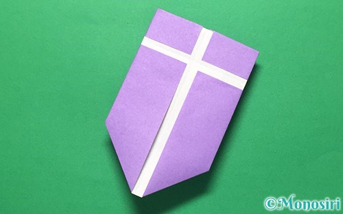 折り紙で折った盾