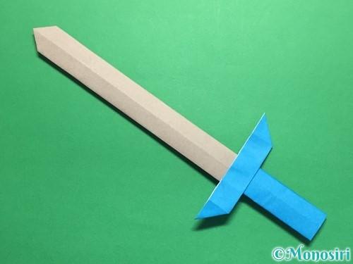 折り紙で剣の折り方手順51