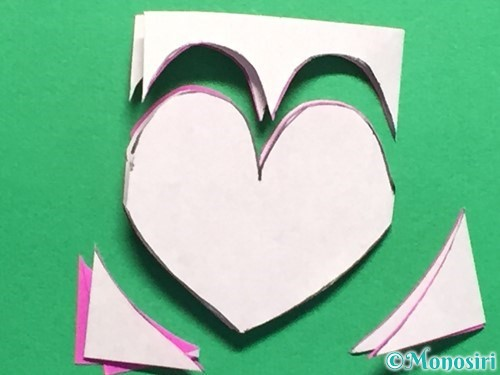 折り紙で連続ハートの切り方手順12