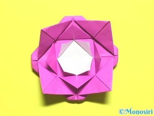 折り紙でバラの花の折り方手順17