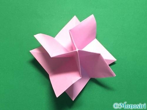 折り紙で立体的なバラの作り方手順33