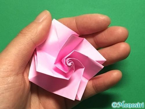 折り紙で立体的なバラの作り方手順36