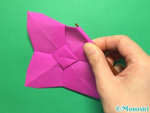 折り紙で立体的な紫陽花の作り方手順43