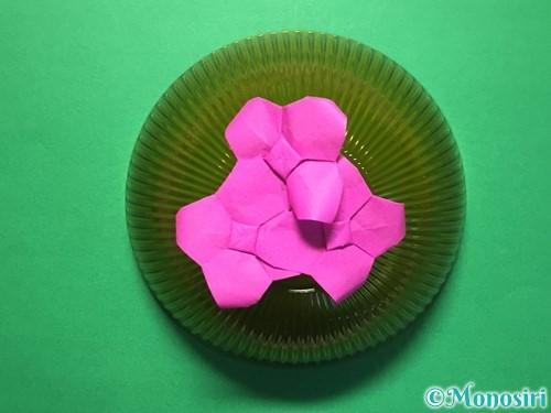 折り紙で立体的な紫陽花の作り方手順48