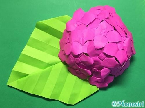 折り紙で立体的な紫陽花の作り方手順52