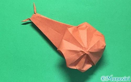 折り紙で作った立体的なかたつむり