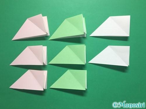 折り紙でお正月リースの作り方手順11