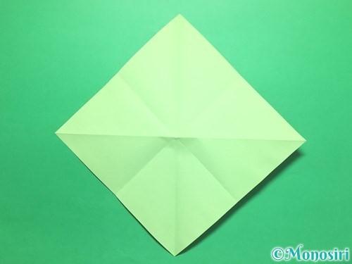 折り紙で簡単なイチゴの折り方手順5