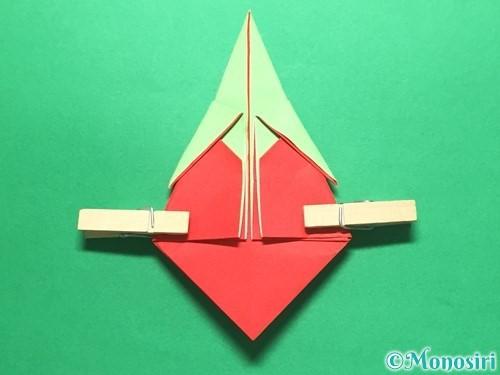 折り紙で簡単なイチゴの折り方手順17