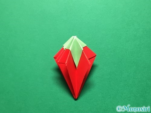 折り紙で立体的ないちごの作り方手順76