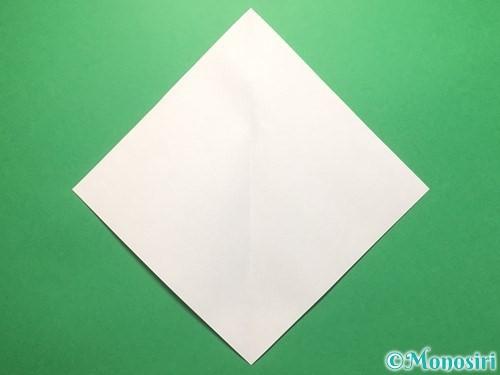 折り紙で雨のしずくの折り方手順2