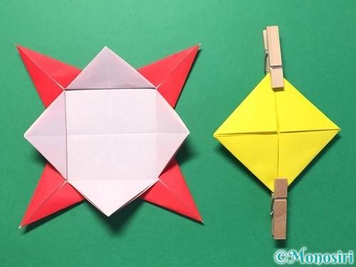 折り紙で花メダルの作り方手順35