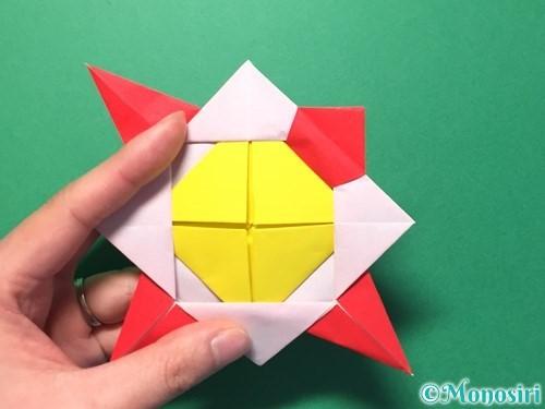 折り紙で花メダルの作り方手順40