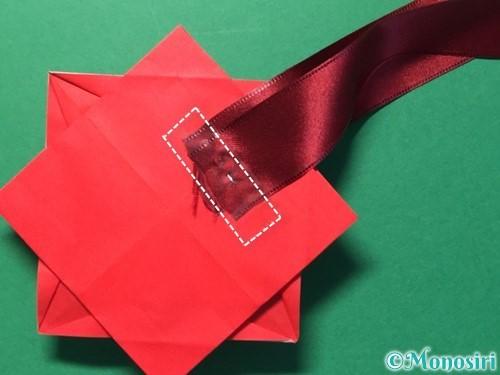 折り紙で花メダルの作り方手順51