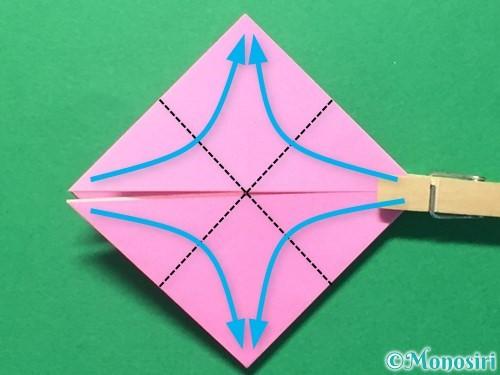 折り紙でハートのメダルの折り方手順17