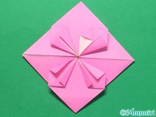 折り紙でハートのメダルの折り方手順27