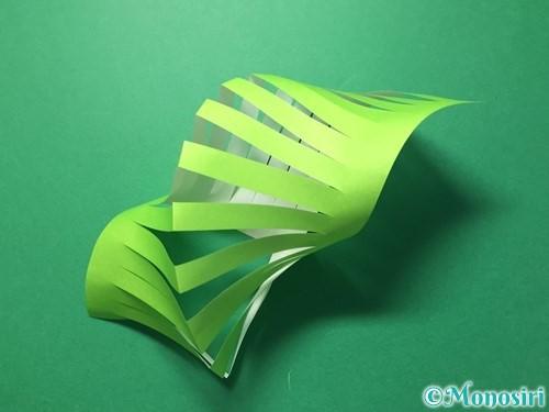 折り紙で貝飾りの作り方手順9