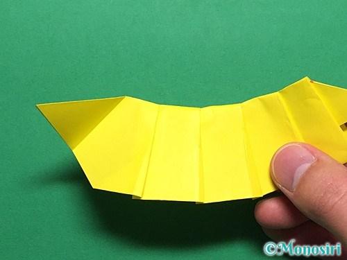 折り紙で青虫の折り方手順28