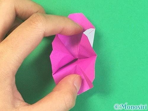折り紙で立体的なハイビスカスの折り方手順36