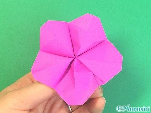 折り紙で立体的なハイビスカスの折り方手順40