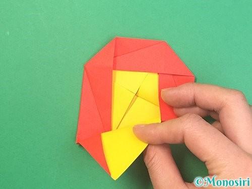 折り紙で椿の折り方手順28