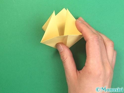 折り紙で水仙の立体的な折り方手順11