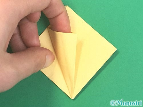 折り紙で水仙の立体的な折り方手順19