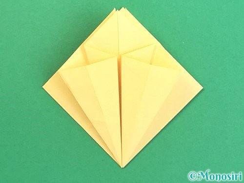 折り紙で水仙の立体的な折り方手順24