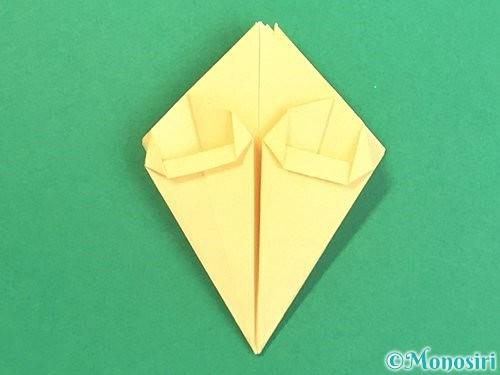 折り紙で水仙の立体的な折り方手順32