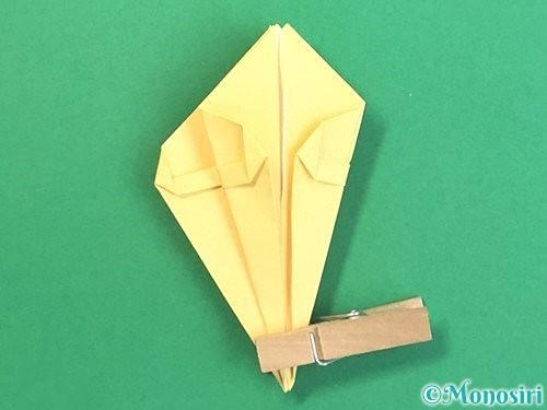 折り紙で水仙の立体的な折り方手順37