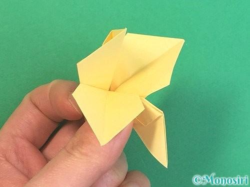 折り紙で水仙の立体的な折り方手順43