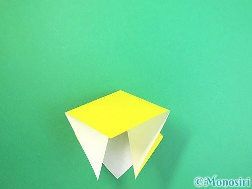 折り紙で水仙の立体的な折り方手順53
