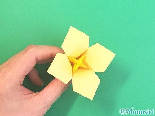 折り紙で水仙の立体的な折り方手順71