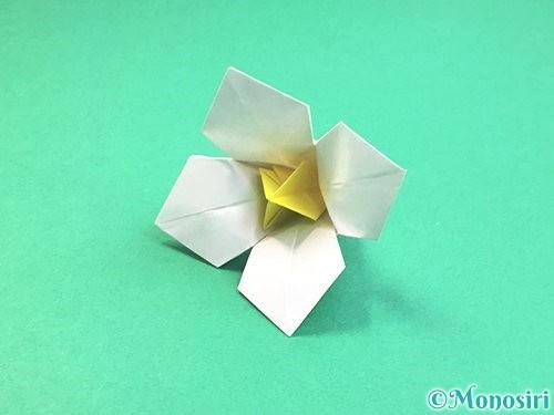 折り紙で水仙の立体的な折り方手順72