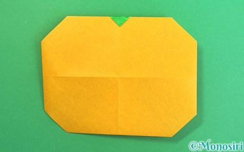 折り紙で折ったみかん