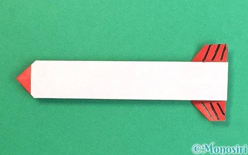折り紙で折った破魔矢
