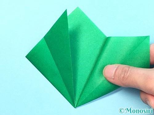 折り紙でクリスマスリースの作り方手順12