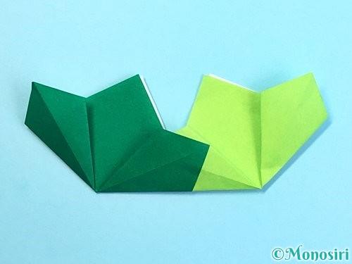 折り紙でクリスマスリースの作り方手順17