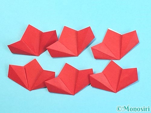 折り紙でクリスマスリースの作り方手順29
