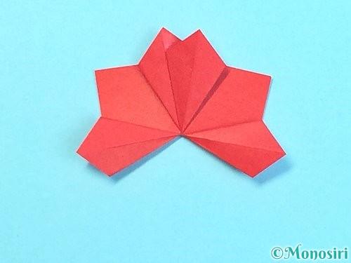 折り紙でクリスマスリースの作り方手順31