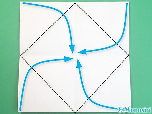 折り紙でふた付きの箱の折り方手順3
