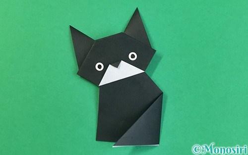折り紙で折った猫