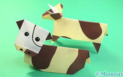 折り紙で折った立体的な牛